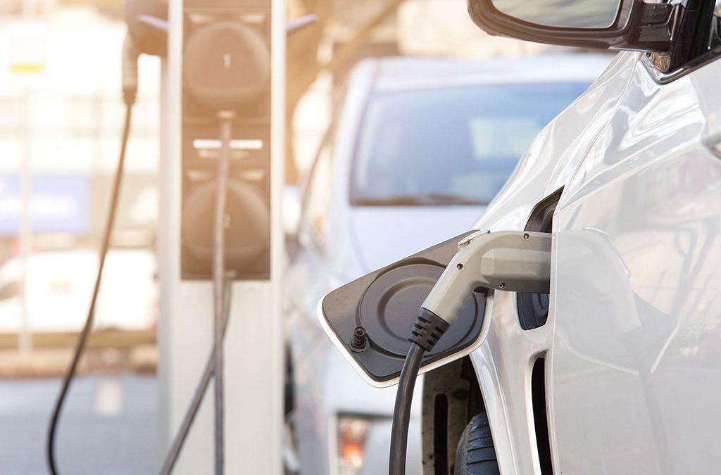 ChargeGuru installateur de borne de recharge pour voitures électriques