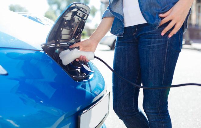 Rechargez sa voiture électrique sur les bornes publiques